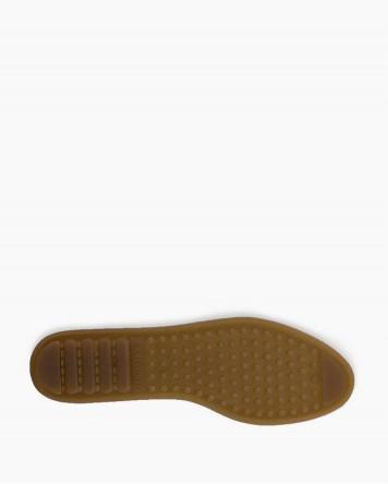 Minnetonka 5-Layer Fringe Boot Taupe