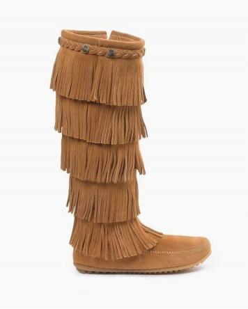 Minnetonka 5-Layer Fringe Boot Taupe